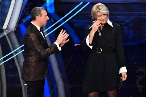 Sanremo, Fiorello imita la De Filippi 7
