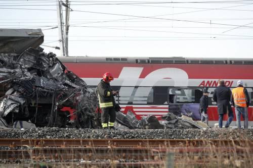 Frecciarossa deraglia sulla Milano-Bologna: morti i due macchinisti, 31 feriti