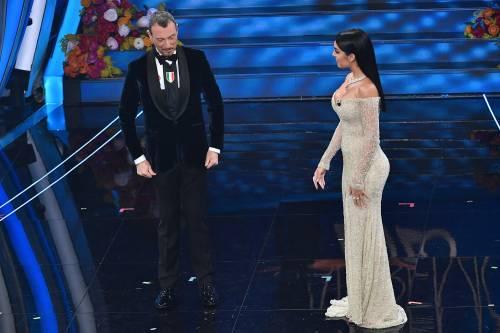Sanremo, Georgina Rodriguez incanta tutti ma il pancino è sospetto