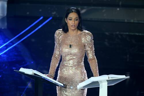 "Sanremo, Concita Borrelli punge Rula Jebreal: ""Esperta di politica internazionale in assenza di prove"""