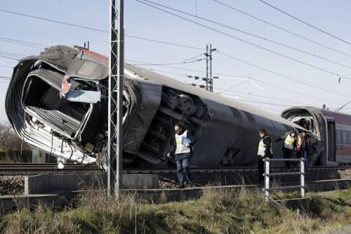 Treno deragliato a Lodi, sono 19 le persone indagate