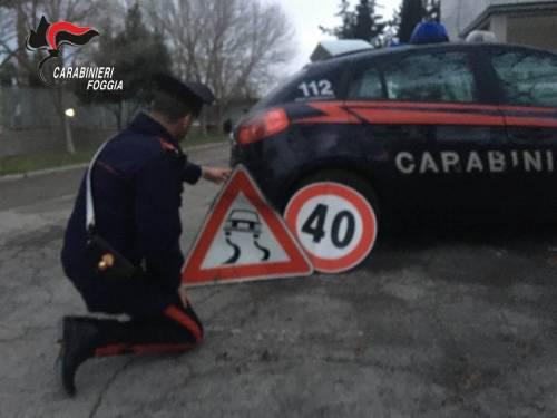 Puglia, arrestato ladro di segnali stradali