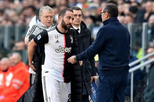 Juventus, scoppia il caso Higuain: l'argentino furioso dopo il cambio