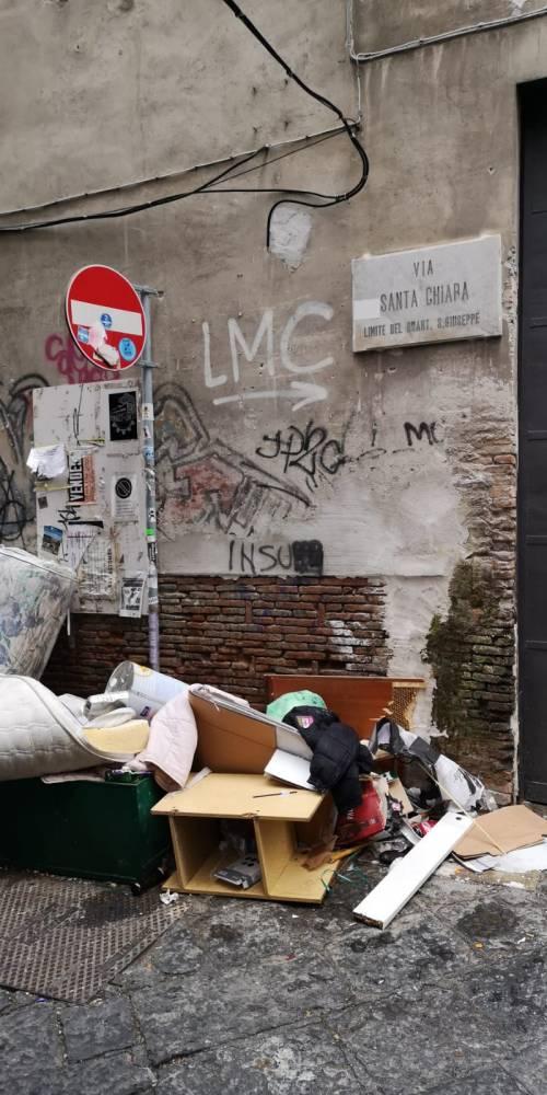 Discarica a Napoli 2