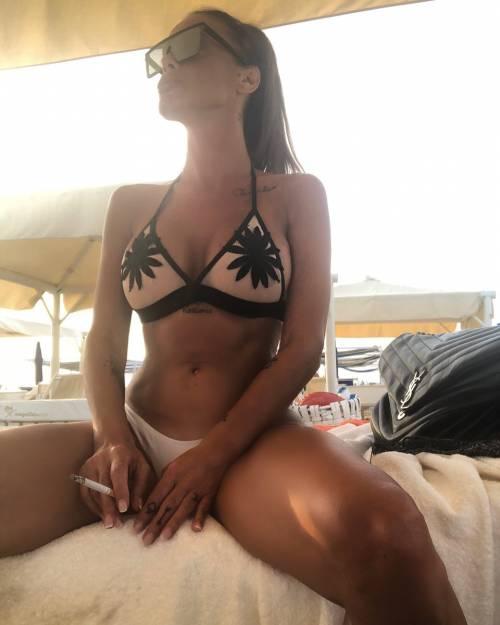 Antonella Mosetti, le foto più hot 4