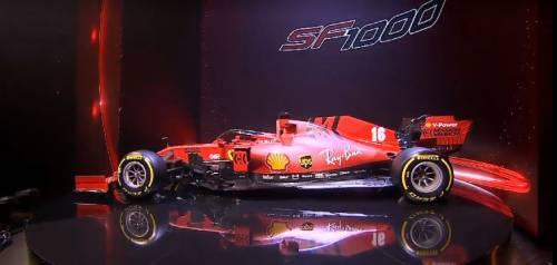 Gli scatti della nuova Ferrari SF1000 4