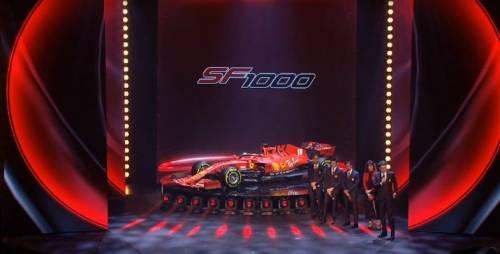 Gli scatti della nuova Ferrari SF1000 8