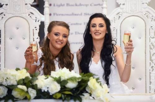In Irlanda del Nord celebrate le prime nozze gay