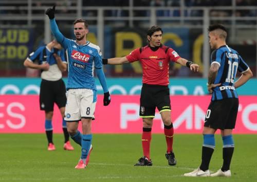 Inter, già finito l'effetto derby. Fabian fa sorridere il Napoli