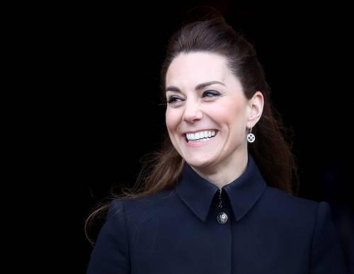 Kate in tuta a lezione di taekwondo conquista i sudditi inglesi