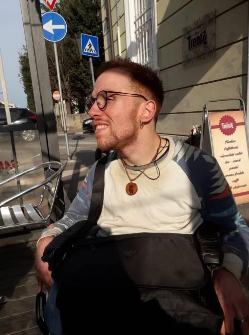 """La denuncia del disabile: """"Intrappolato in metro per 2 volte in 24 ore"""""""