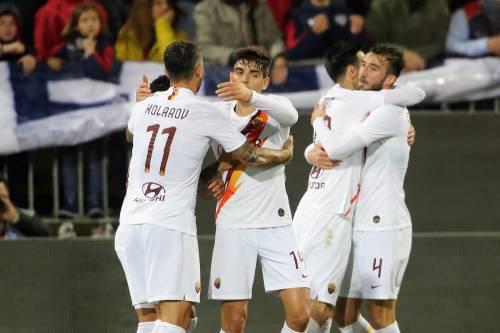 Serie A, l'Atalanta scherza con il Lecce: finisce 2-7. La Roma vince 4-3 a Cagliari