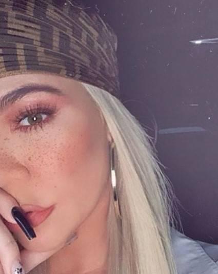 Khloe Kardashian, immagini hot