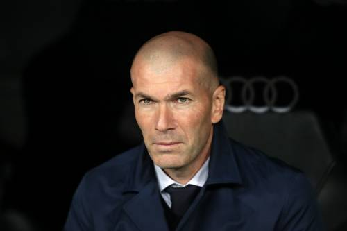 Zidane-Perez, tensione Real. Pochettino in blancos e il francese alla Juventus?