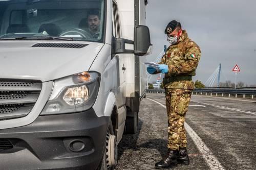 Emergenza coronavirus, scambio di beni al checkpoint di Codogno  3