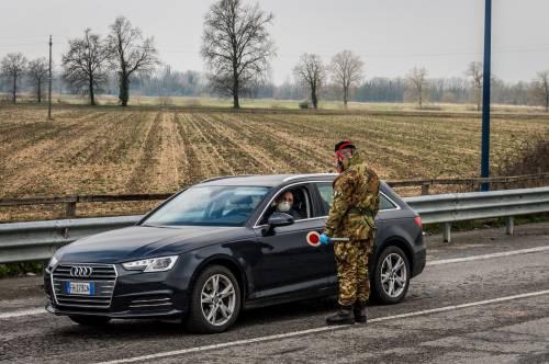 Emergenza coronavirus, scambio di beni al checkpoint di Codogno  7