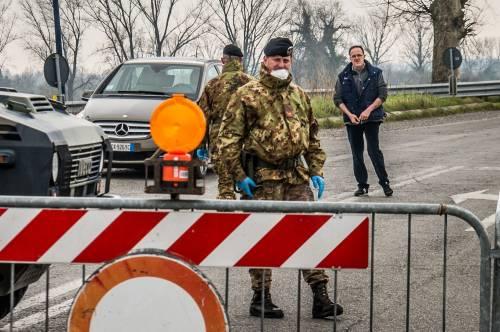 Emergenza coronavirus, scambio di beni al checkpoint di Codogno  12