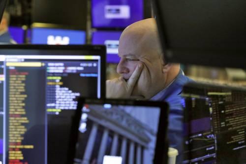 Le Borse tornano in rosso. Sale lo spread