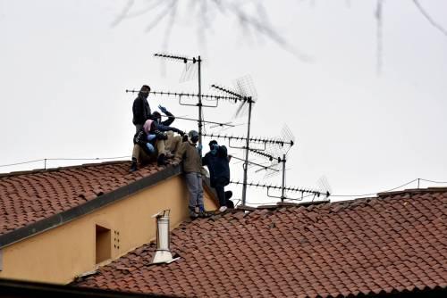 San Vittore, i detenuti in rivolta 12