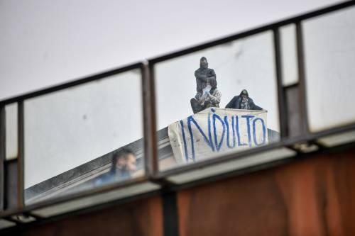 San Vittore, i detenuti in rivolta 19