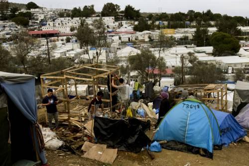 Primo caso di coronavirus a Lesbo, paura nell'isola assediata dai migranti