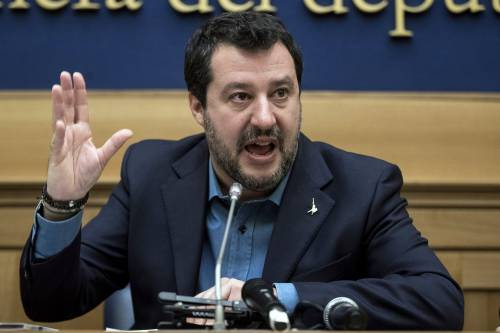 """Salvini: """"Per rialzarci subito la pace fiscale"""""""