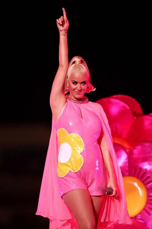 Katy Perry col pancione, foto 3