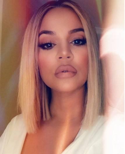 Khloe Kardashian super hot 11