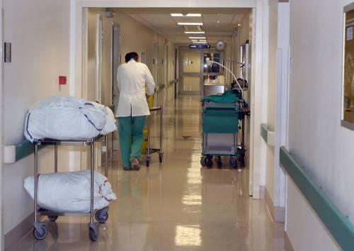 Neonato muore durante il parto in ospedale: la denuncia dei familiari