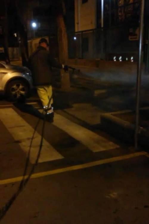 Foggia, le immagini della sanificazione delle strade 2