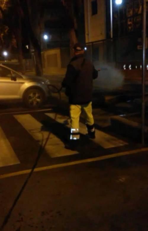 Foggia, le immagini della sanificazione delle strade 3