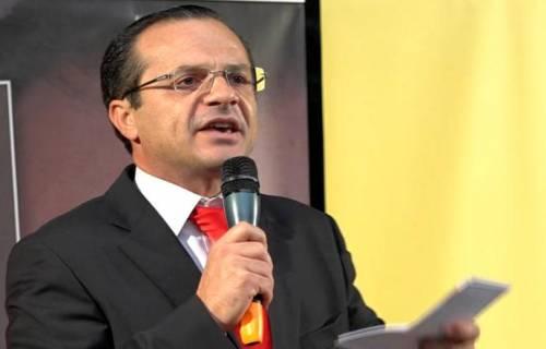 Il sindaco Cateno De Luca ordina il coprifuoco a Messina