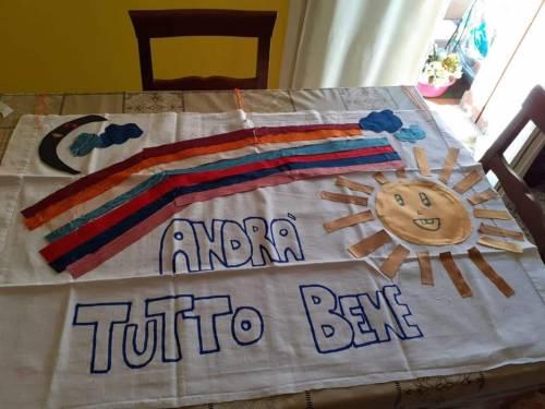 """""""Andrà tutto bene"""", il messaggio di speranza dei bimbi italiani 10"""