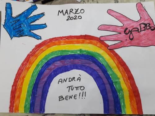 """""""Andrà tutto bene"""", il messaggio di speranza dei bimbi italiani 15"""