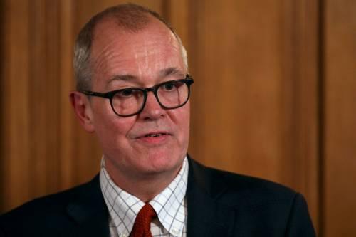 """""""Il 60% dei britannici deve contrarre  il virus"""". Ed è bufera in Gran Bretagna"""