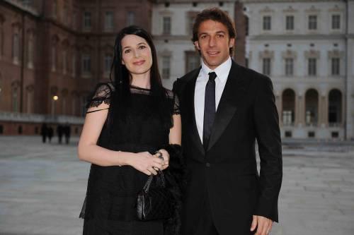 Alessandro Del Piero torna con la moglie Sonia