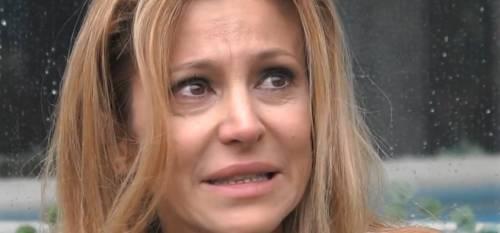 """Gf Vip, Adriana Volpe piange: """"Mappatella? Ci andrei ora, significherebbe che il virus è sconfitto"""""""