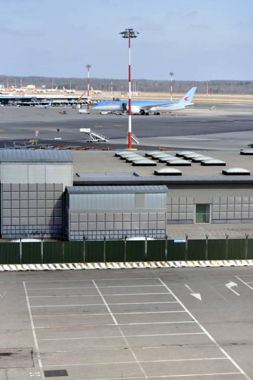 Stop a Linate: da lunedì si vola dal T2 di Malpensa, chiuso il Terminal 1