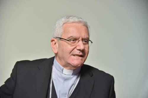 """Il vescovo di Bergamo: """"Accompagnamo da lontano i defunti"""""""
