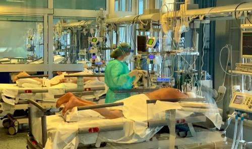 Nell'ospedale-trincea di Cremona 11