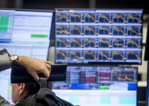 Il taglio dei tassi della Fed non rassicura i mercati. Male Wall Street