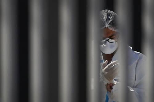 Coronavirus, 3 ricette per eliminarlo a casa: 'Per ucciderlo basta 1 minuto'