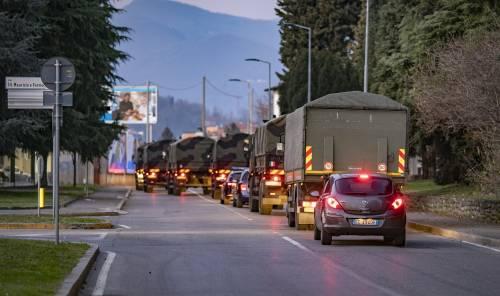 Per spostare le salme dal cimitero di Bergamo arriva l'esercito 10