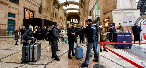 """Milano, spunta il """"giorno nero"""". Quando ci sarà picco di contagi"""