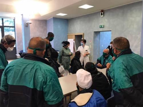 """Coronavirus, il medico cubano: """"Peggio di questo virus solo Ebola"""""""