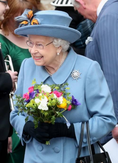 La pandemia ferma anche il compleanno della regina Elisabett