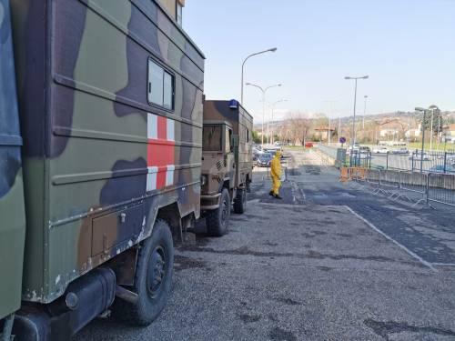 Gli alpini impiegati in Piemonte per il trasporto dei pazienti