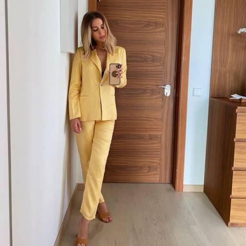 Lady Goetze incanta su Instagram 2