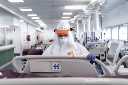 "Torna l'ipotesi choc sul virus ""Nato in laboratorio in Cina"""