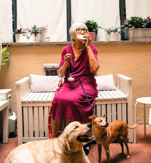 L'isolamento di Nonna Licia, influencer a 90 anni 6